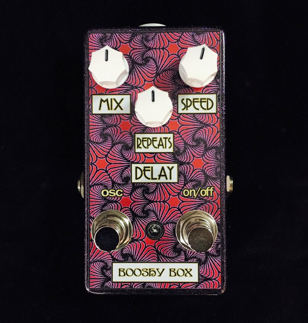 Booshy Box Delay with Oscillation Switch