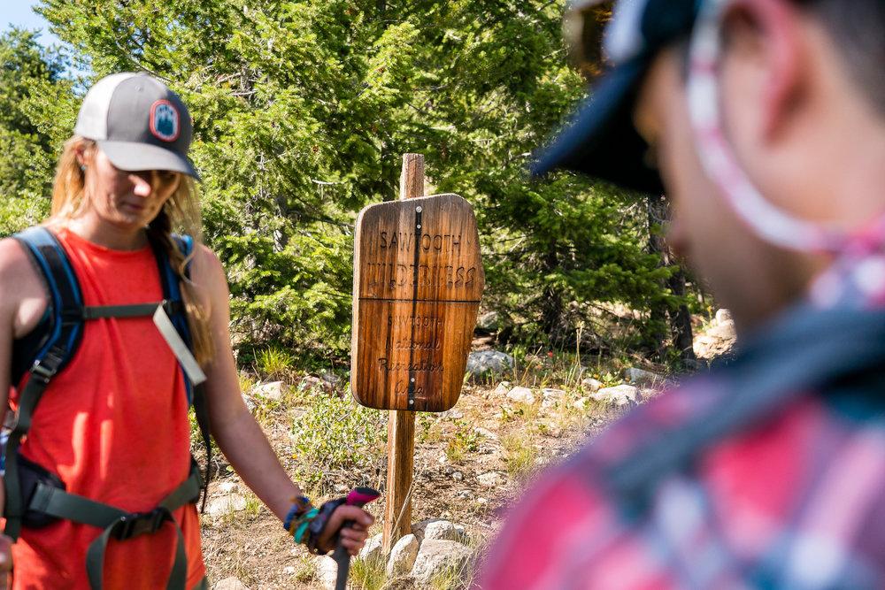 matera_outdoor_lifestyle_Idaho_Ketchum_hiking_DSC3319.jpg