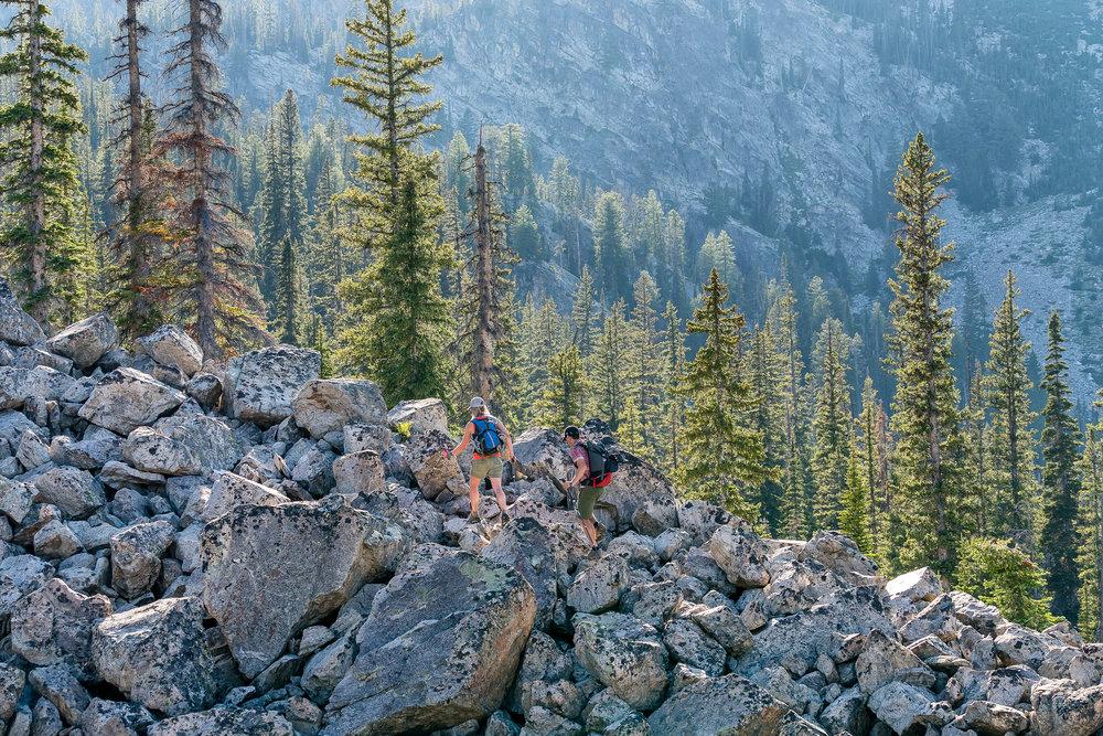matera_outdoor_lifestyle_Idaho_Ketchum_hiking_DSC3650.jpg