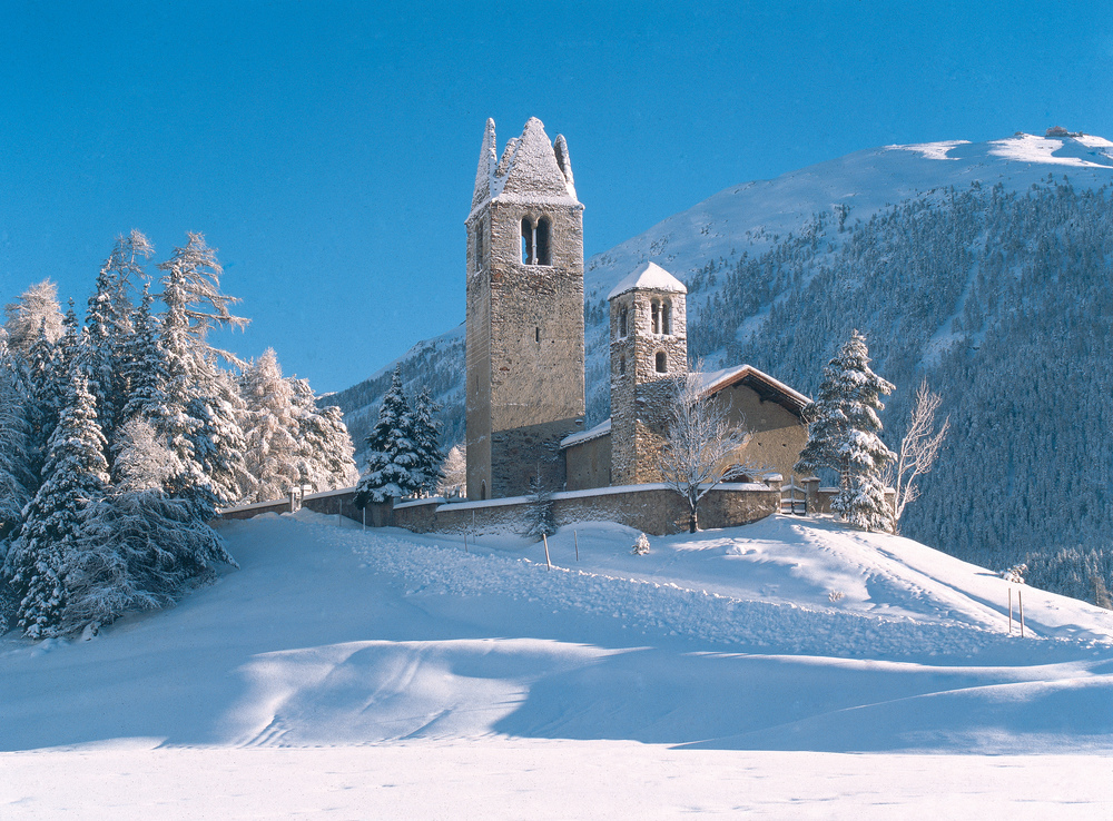 The church of San Gian near St. Moritz (© swiss-image.ch / Max Weiss)