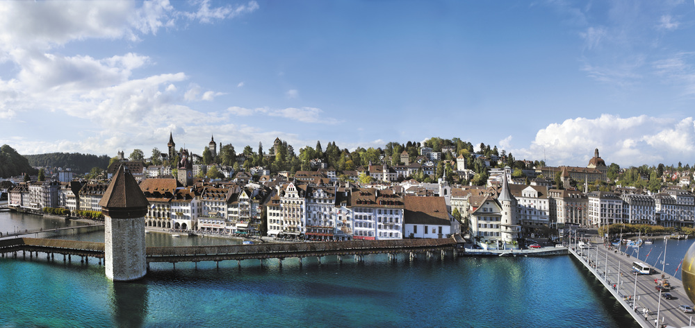 Lucerne with his famous Kapellbruecke (© Luzern Tourismus)