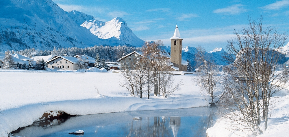 The smal village of Sils in the Engadin Valley (© swiss-image.ch / Max Weiss)