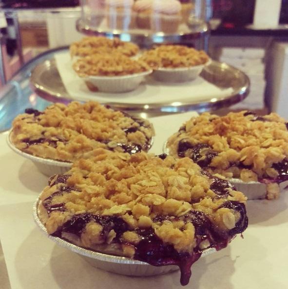 baking_blueberrypie.jpg