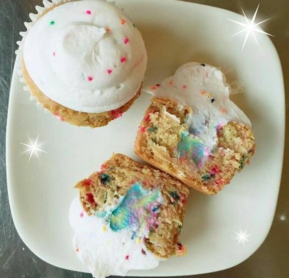 cupcakes_confetti.jpg