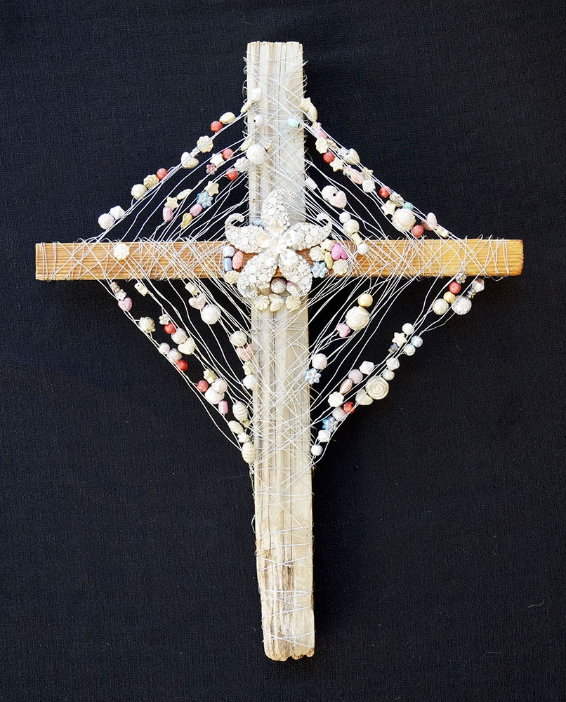 Diamond Starfish Cross