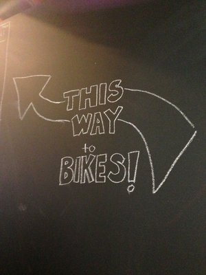 this way to bikes.jpg