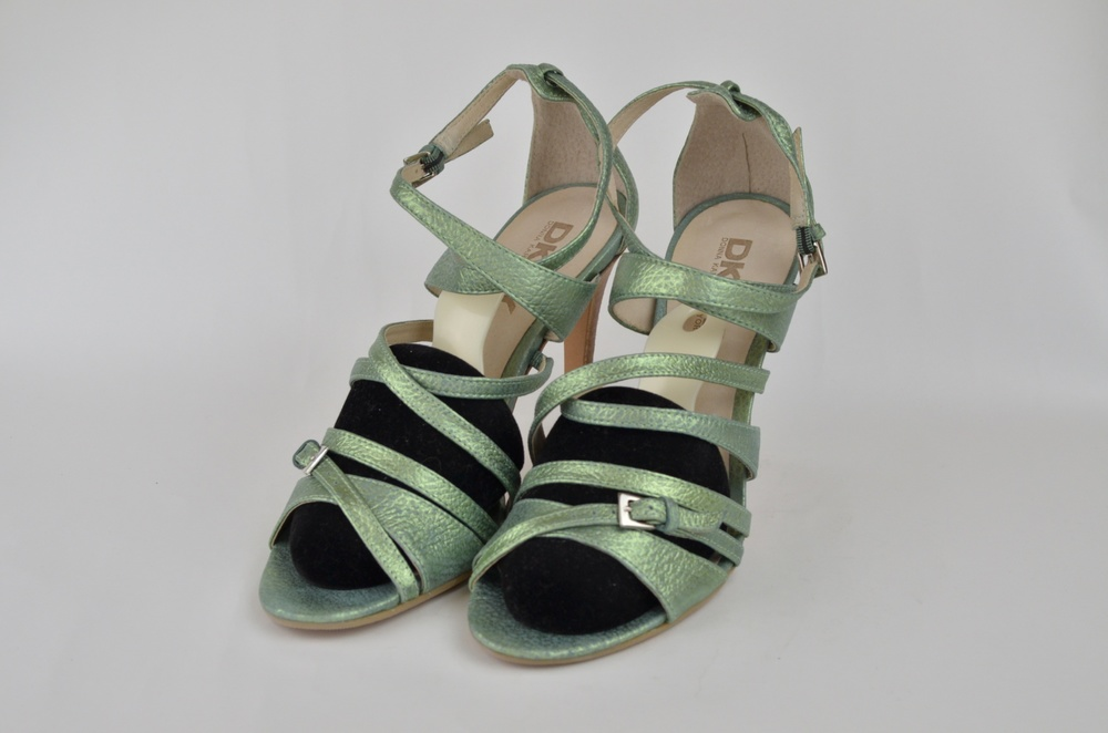 2. DKNY Shoe