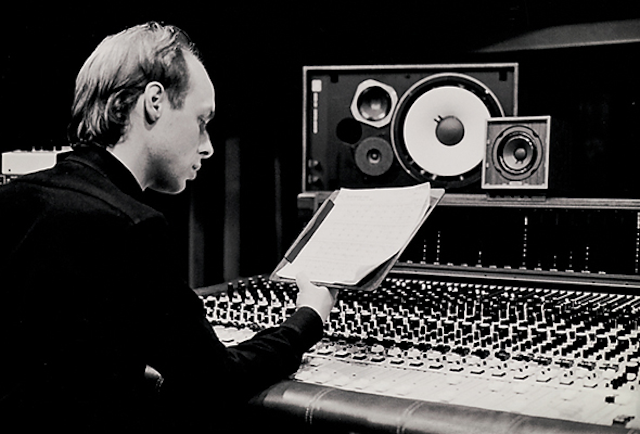 brian-eno-recording-studio.png