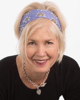 Jane Dolan - Artist & Professional Organizer & Interior Stylist