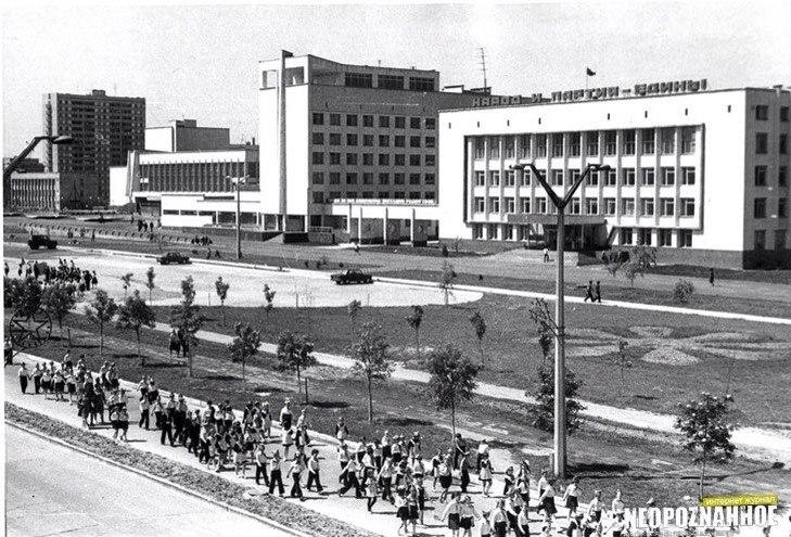 Administration, Hotel, Cultural centre.jpg