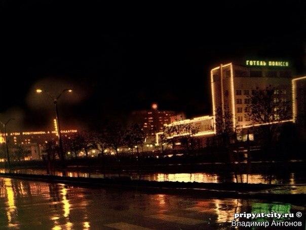 At night 2.jpg