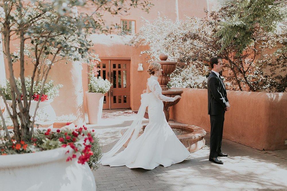 Alicia+lucia+photography+-+santa+fe+wedding+photographer+-+santa+fe+wedding+photography+-+new+mexico+wedding+photographer+-+new+mexico+inn+at+loretto+wedding_0027.jpg