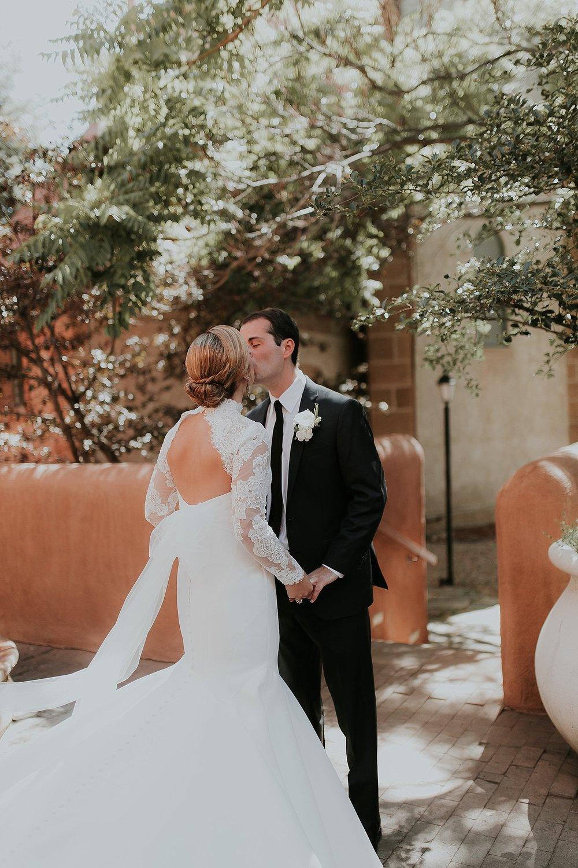 Alicia+lucia+photography+-+santa+fe+wedding+photographer+-+santa+fe+wedding+photography+-+new+mexico+wedding+photographer+-+new+mexico+inn+at+loretto+wedding_0030.jpg