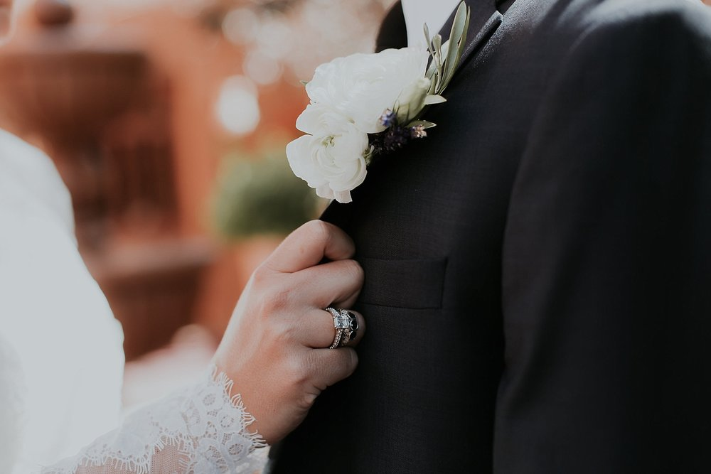 Alicia+lucia+photography+-+santa+fe+wedding+photographer+-+santa+fe+wedding+photography+-+new+mexico+wedding+photographer+-+new+mexico+inn+at+loretto+wedding_0032.jpg