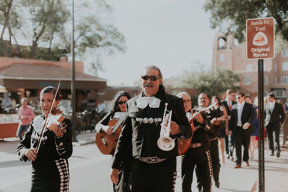 Alicia+lucia+photography+-+santa+fe+wedding+photographer+-+santa+fe+wedding+photography+-+new+mexico+wedding+photographer+-+new+mexico+inn+at+loretto+wedding_0060.jpg