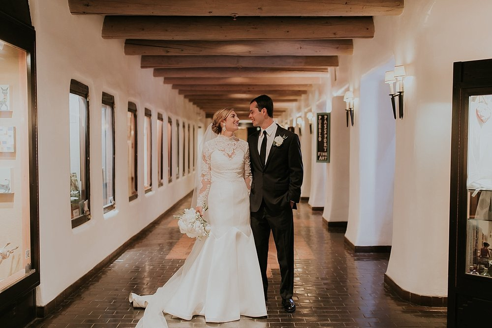 Alicia+lucia+photography+-+santa+fe+wedding+photographer+-+santa+fe+wedding+photography+-+new+mexico+wedding+photographer+-+new+mexico+inn+at+loretto+wedding_0066.jpg
