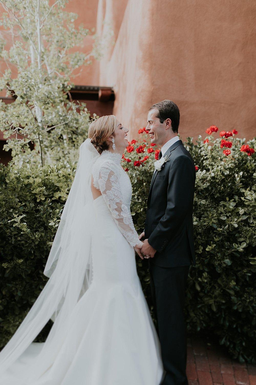 Alicia+lucia+photography+-+santa+fe+wedding+photographer+-+santa+fe+wedding+photography+-+new+mexico+wedding+photographer+-+new+mexico+inn+at+loretto+wedding_0068.jpg