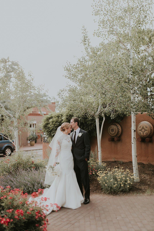 Alicia+lucia+photography+-+santa+fe+wedding+photographer+-+santa+fe+wedding+photography+-+new+mexico+wedding+photographer+-+new+mexico+inn+at+loretto+wedding_0078.jpg