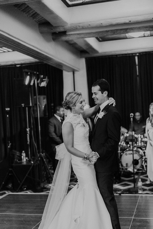 Alicia+lucia+photography+-+santa+fe+wedding+photographer+-+santa+fe+wedding+photography+-+new+mexico+wedding+photographer+-+new+mexico+inn+at+loretto+wedding_0081.jpg