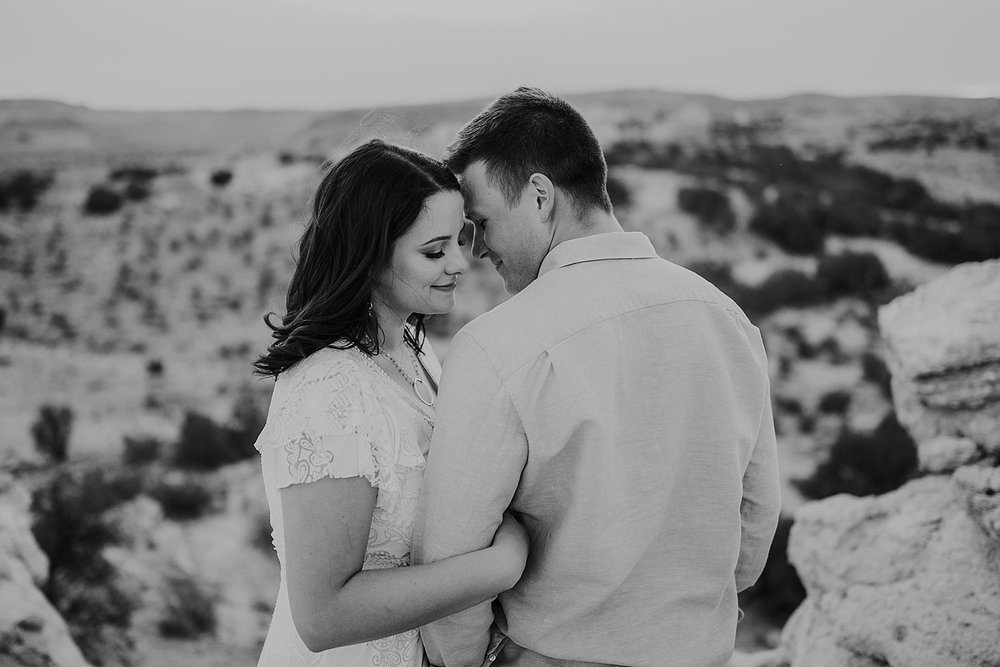 Alicia+lucia+photography+-+albuquerque+wedding+photographer+-+santa+fe+wedding+photography+-+new+mexico+wedding+photographer+-+new+mexico+engagement+-+desert+engagement_0025.jpg
