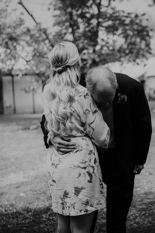 Alicia+lucia+photography+-+albuquerque+wedding+photographer+-+santa+fe+wedding+photography+-+new+mexico+wedding+photographer+-+los+poblanos+wedding+-+los+poblanos+fall+wedding_0015.jpg