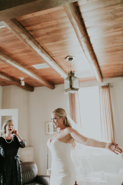 Alicia+lucia+photography+-+albuquerque+wedding+photographer+-+santa+fe+wedding+photography+-+new+mexico+wedding+photographer+-+los+poblanos+wedding+-+los+poblanos+fall+wedding_0020.jpg