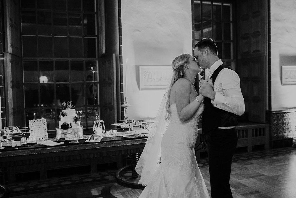 Alicia+lucia+photography+-+albuquerque+wedding+photographer+-+santa+fe+wedding+photography+-+new+mexico+wedding+photographer+-+los+poblanos+wedding+-+los+poblanos+fall+wedding_0091.jpg