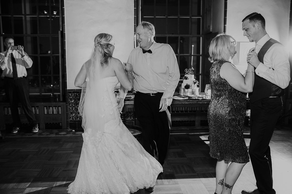 Alicia+lucia+photography+-+albuquerque+wedding+photographer+-+santa+fe+wedding+photography+-+new+mexico+wedding+photographer+-+los+poblanos+wedding+-+los+poblanos+fall+wedding_0099.jpg
