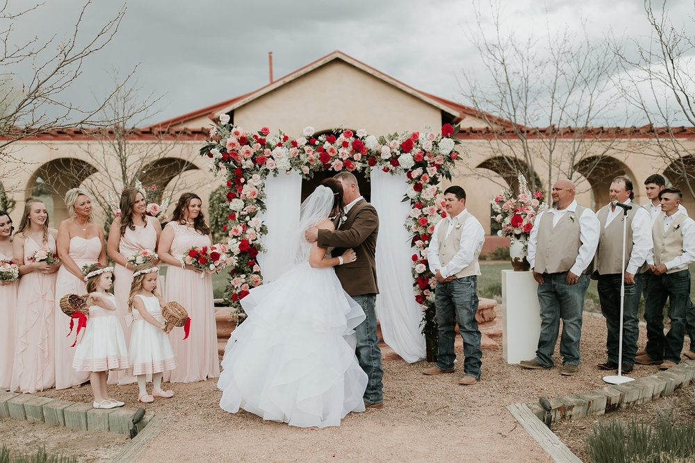 Alicia+lucia+photography+-+albuquerque+wedding+photographer+-+santa+fe+wedding+photography+-+new+mexico+wedding+photographer+-+new+mexico+engagement+-+la+mesita+ranch+wedding+-+la+mesita+ranch+spring+wedding_0036.jpg