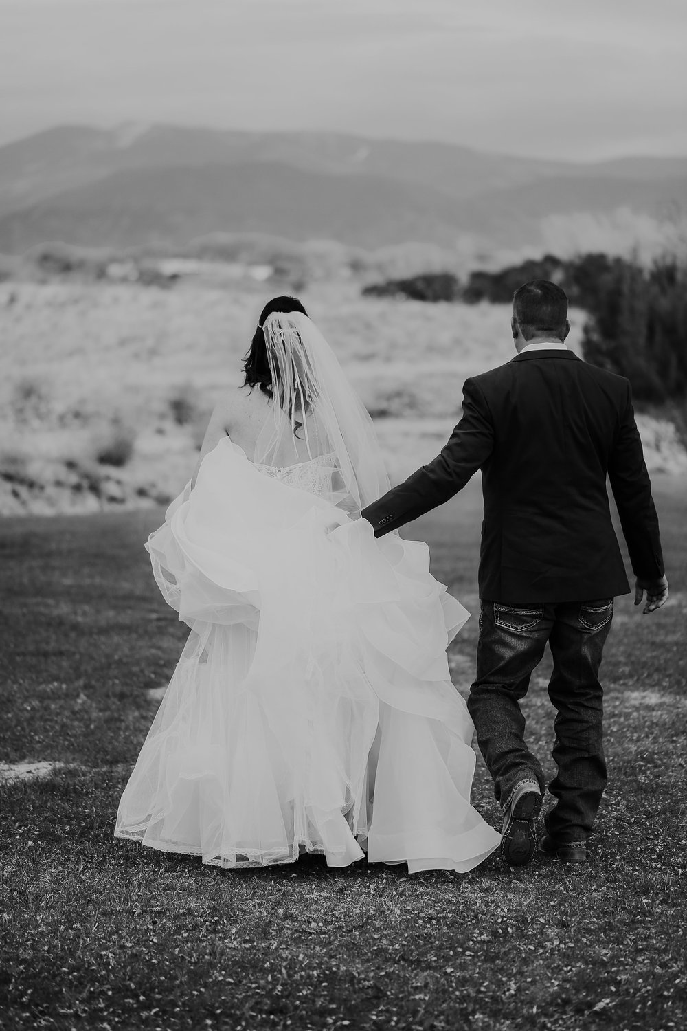 Alicia+lucia+photography+-+albuquerque+wedding+photographer+-+santa+fe+wedding+photography+-+new+mexico+wedding+photographer+-+new+mexico+engagement+-+la+mesita+ranch+wedding+-+la+mesita+ranch+spring+wedding_0059.jpg