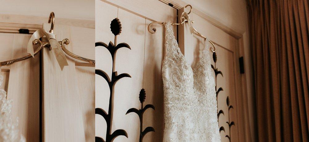 Alicia+lucia+photography+-+albuquerque+wedding+photographer+-+santa+fe+wedding+photography+-+new+mexico+wedding+photographer+-+la+fonda+wedding+-+la+fonda+winter+wedding_0006.jpg
