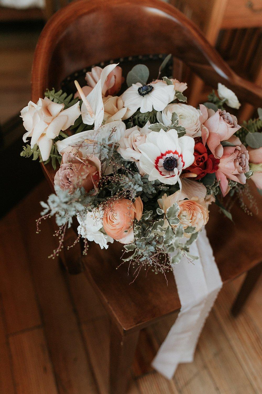 Alicia+lucia+photography+-+albuquerque+wedding+photographer+-+santa+fe+wedding+photography+-+new+mexico+wedding+photographer+-+la+fonda+wedding+-+la+fonda+winter+wedding_0011.jpg