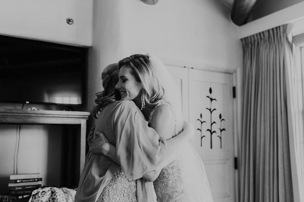 Alicia+lucia+photography+-+albuquerque+wedding+photographer+-+santa+fe+wedding+photography+-+new+mexico+wedding+photographer+-+la+fonda+wedding+-+la+fonda+winter+wedding_0024.jpg