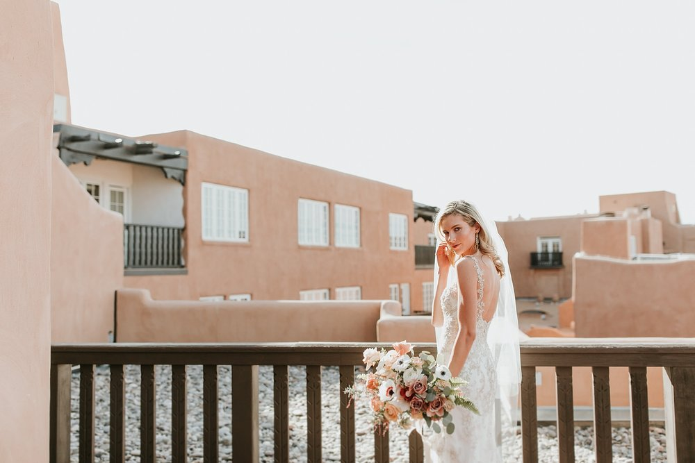Alicia+lucia+photography+-+albuquerque+wedding+photographer+-+santa+fe+wedding+photography+-+new+mexico+wedding+photographer+-+la+fonda+wedding+-+la+fonda+winter+wedding_0032.jpg