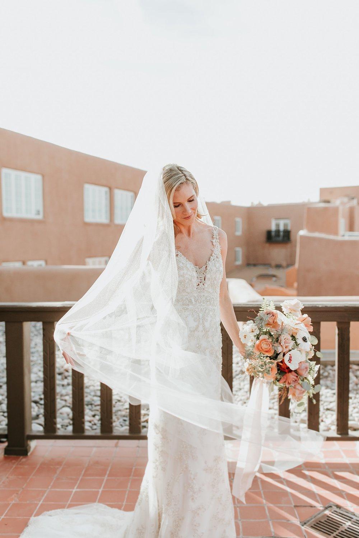 Alicia+lucia+photography+-+albuquerque+wedding+photographer+-+santa+fe+wedding+photography+-+new+mexico+wedding+photographer+-+la+fonda+wedding+-+la+fonda+winter+wedding_0031.jpg