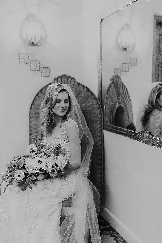 Alicia+lucia+photography+-+albuquerque+wedding+photographer+-+santa+fe+wedding+photography+-+new+mexico+wedding+photographer+-+la+fonda+wedding+-+la+fonda+winter+wedding_0047.jpg