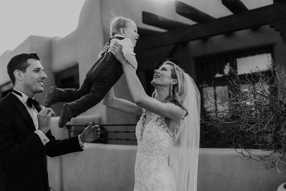 Alicia+lucia+photography+-+albuquerque+wedding+photographer+-+santa+fe+wedding+photography+-+new+mexico+wedding+photographer+-+la+fonda+wedding+-+la+fonda+winter+wedding_0053.jpg