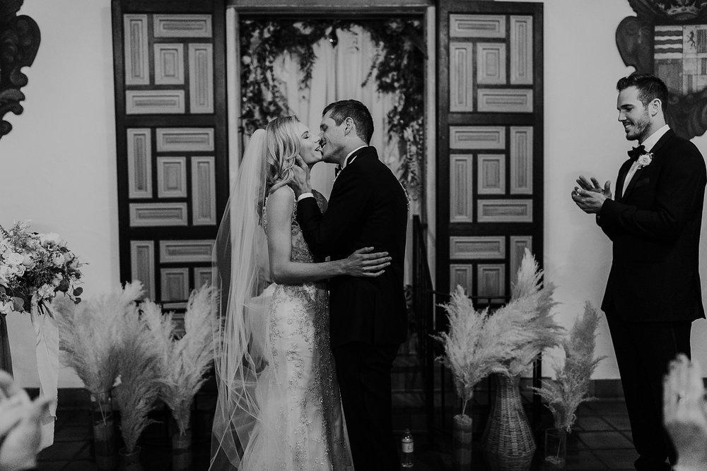 Alicia+lucia+photography+-+albuquerque+wedding+photographer+-+santa+fe+wedding+photography+-+new+mexico+wedding+photographer+-+la+fonda+wedding+-+la+fonda+winter+wedding_0081.jpg