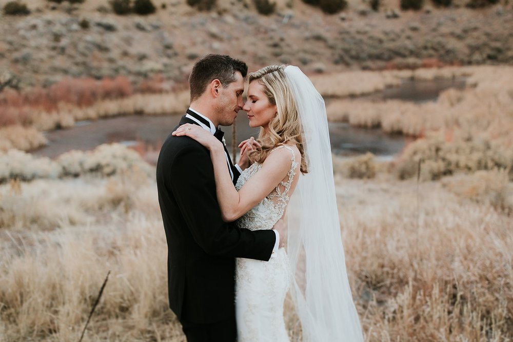 Alicia+lucia+photography+-+albuquerque+wedding+photographer+-+santa+fe+wedding+photography+-+new+mexico+wedding+photographer+-+la+fonda+wedding+-+la+fonda+winter+wedding_0100.jpg