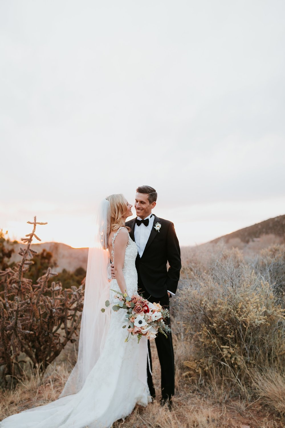 Alicia+lucia+photography+-+albuquerque+wedding+photographer+-+santa+fe+wedding+photography+-+new+mexico+wedding+photographer+-+la+fonda+wedding+-+la+fonda+winter+wedding_0115.jpg