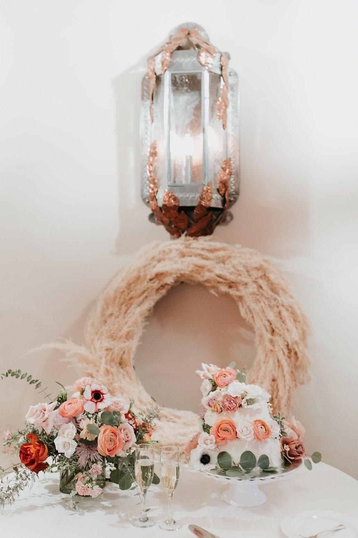 Alicia+lucia+photography+-+albuquerque+wedding+photographer+-+santa+fe+wedding+photography+-+new+mexico+wedding+photographer+-+la+fonda+wedding+-+la+fonda+winter+wedding_0117.jpg