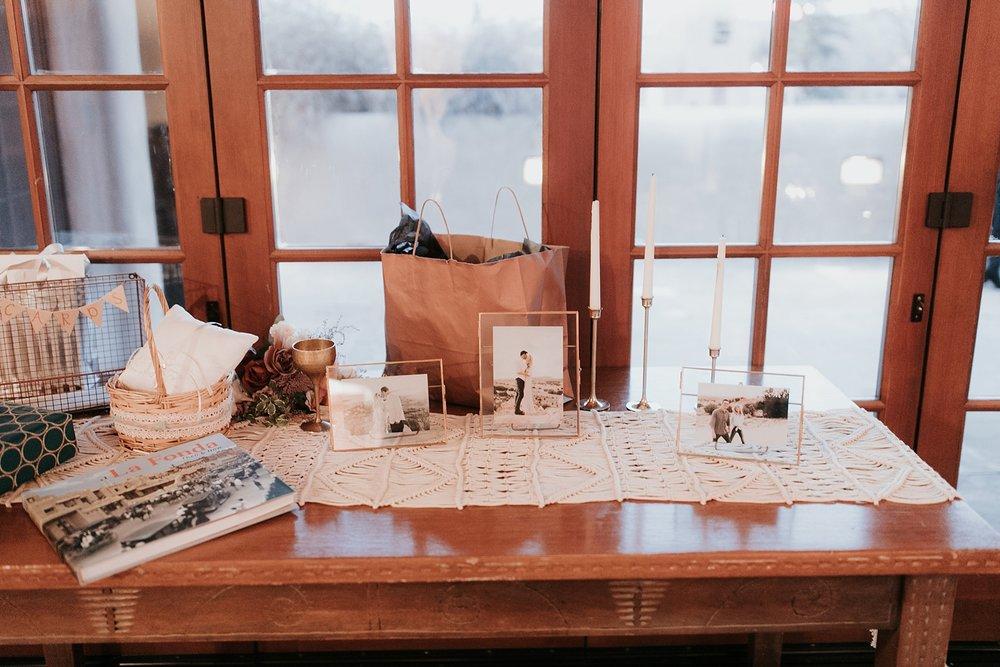 Alicia+lucia+photography+-+albuquerque+wedding+photographer+-+santa+fe+wedding+photography+-+new+mexico+wedding+photographer+-+la+fonda+wedding+-+la+fonda+winter+wedding_0118.jpg