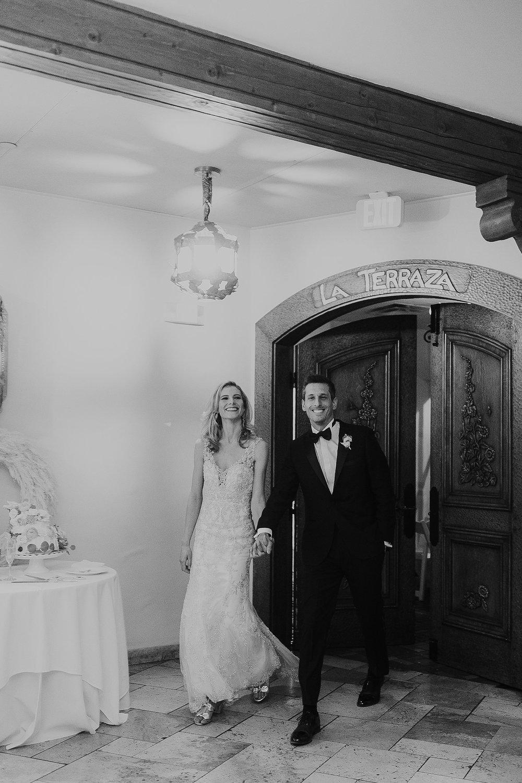 Alicia+lucia+photography+-+albuquerque+wedding+photographer+-+santa+fe+wedding+photography+-+new+mexico+wedding+photographer+-+la+fonda+wedding+-+la+fonda+winter+wedding_0120.jpg
