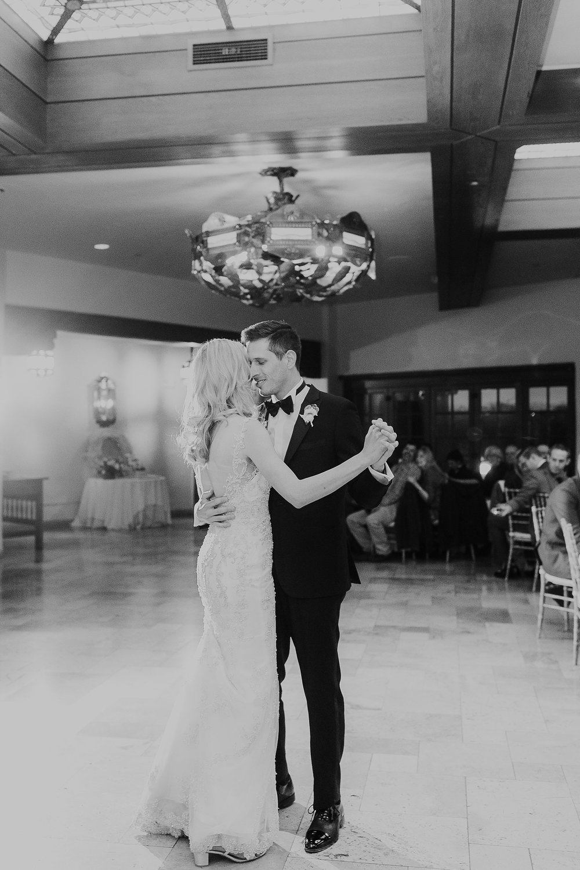 Alicia+lucia+photography+-+albuquerque+wedding+photographer+-+santa+fe+wedding+photography+-+new+mexico+wedding+photographer+-+la+fonda+wedding+-+la+fonda+winter+wedding_0121.jpg