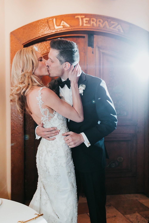 Alicia+lucia+photography+-+albuquerque+wedding+photographer+-+santa+fe+wedding+photography+-+new+mexico+wedding+photographer+-+la+fonda+wedding+-+la+fonda+winter+wedding_0125.jpg
