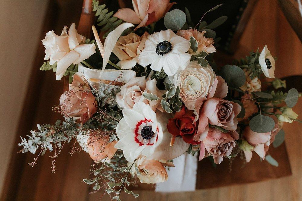 Alicia+lucia+photography+-+albuquerque+wedding+photographer+-+santa+fe+wedding+photography+-+new+mexico+wedding+photographer+-+la+fonda+wedding+-+la+fonda+winter+wedding_0143.jpg