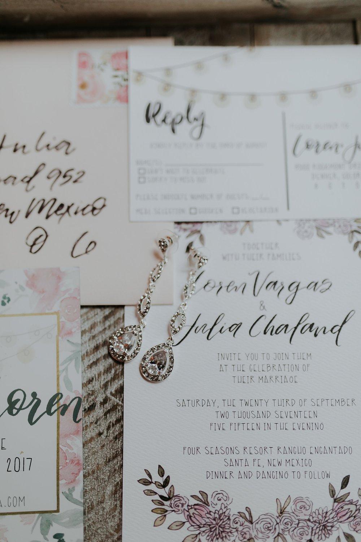 Alicia+lucia+photography+-+albuquerque+wedding+photographer+-+santa+fe+wedding+photography+-+new+mexico+wedding+photographer+-+new+mexico+wedding+-+santa+fe+wedding+-+four+seasons+santa+fe+wedding+-+santa+fe+fall+wedding_0012.jpg