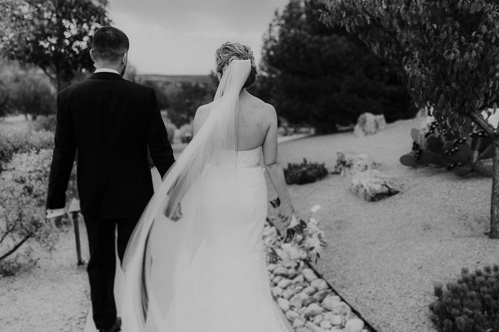 Alicia+lucia+photography+-+albuquerque+wedding+photographer+-+santa+fe+wedding+photography+-+new+mexico+wedding+photographer+-+new+mexico+wedding+-+santa+fe+wedding+-+four+seasons+santa+fe+wedding+-+santa+fe+fall+wedding_0090.jpg