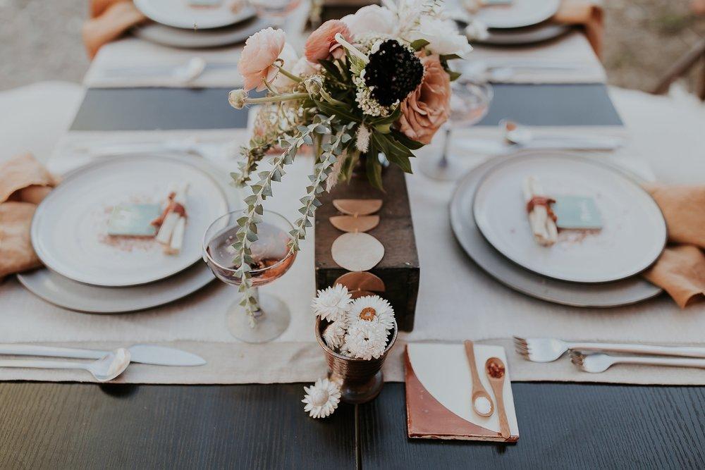 Alicia+lucia+photography+-+albuquerque+wedding+photographer+-+santa+fe+wedding+photography+-+new+mexico+wedding+photographer+-+new+mexico+ghost+ranch+wedding+-+styled+wedding+shoot_0004.jpg
