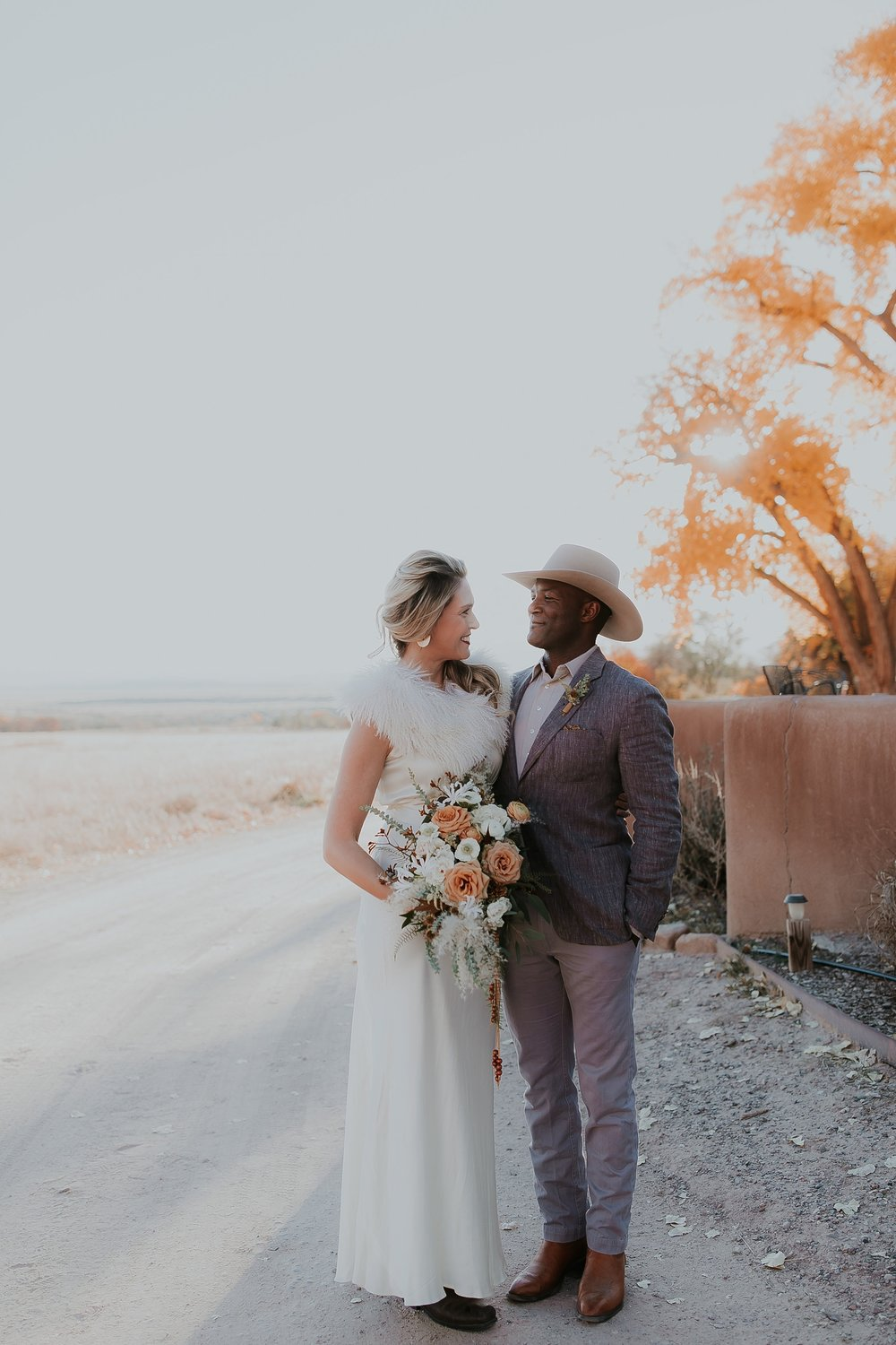 Alicia+lucia+photography+-+albuquerque+wedding+photographer+-+santa+fe+wedding+photography+-+new+mexico+wedding+photographer+-+new+mexico+ghost+ranch+wedding+-+styled+wedding+shoot_0049.jpg